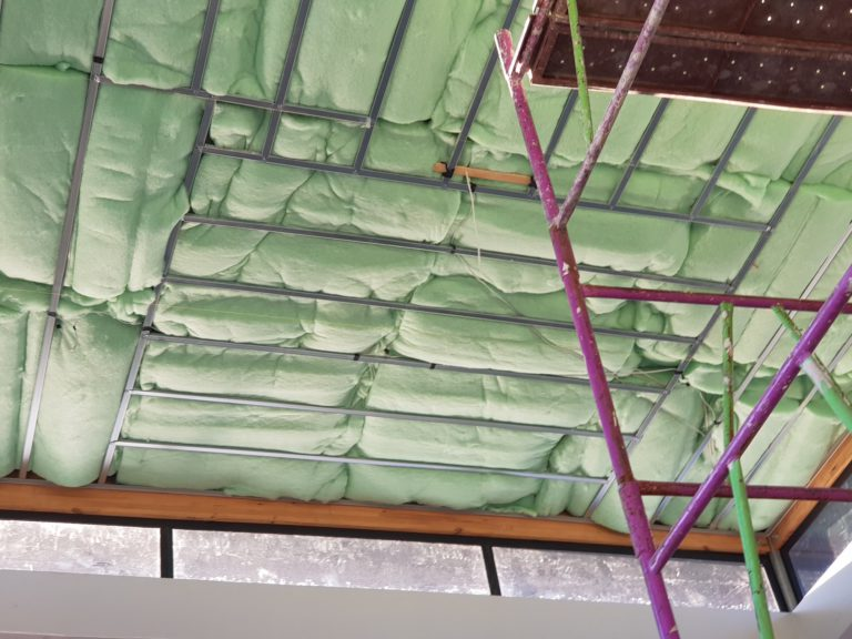 RoofInsulations Image1 768x576