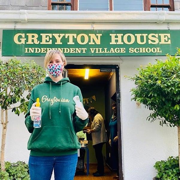 Greytonian Hoodie – Unisex