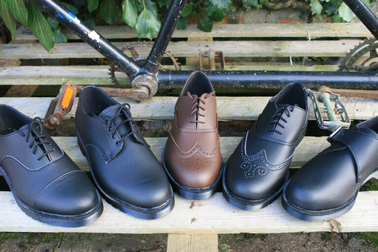 mens shoes group1 768x512